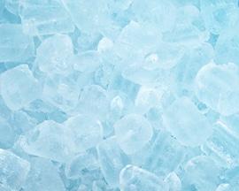 Ledové kostky asociují okamžitý pocit zchlazení, který Lioton® vytváří.